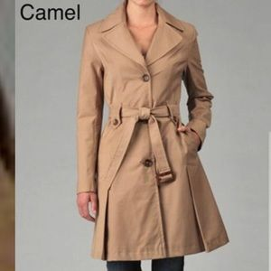 Classic Khaki Belted Trench Coat, DKNY.